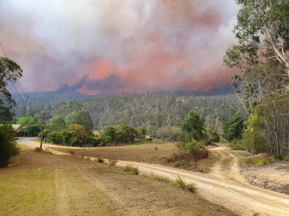 Australia fires destroy village