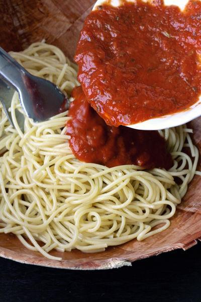 Frozen spaghetti sauce