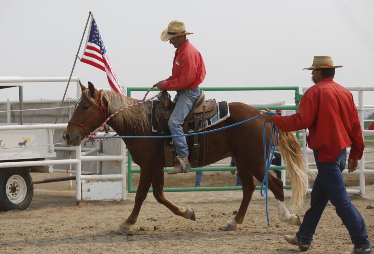 Inmates train mustangs, learn life lessons | Farm Life