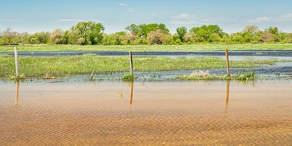 2019 Nebraska flood fencing