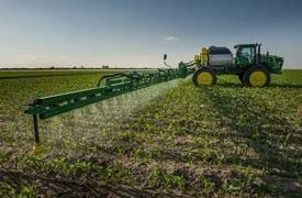 spraying picture