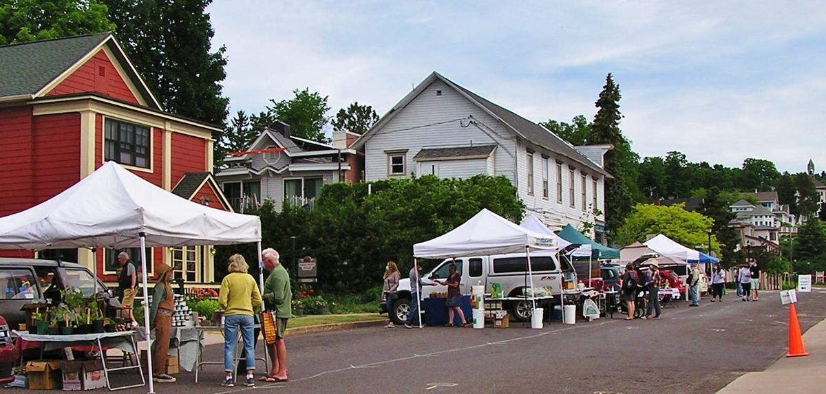 Farmers market open