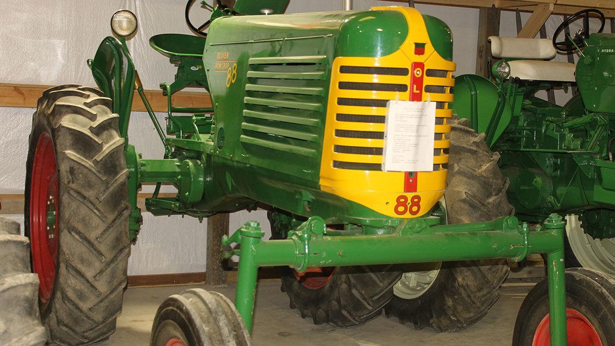 Oliver 88 high-clearance machine