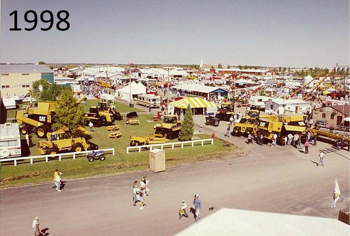 A bright and sunny day at Big Iron 1998. Butler Machinery photograph.