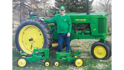 John Deere Model 60 restored and owned by Darrell Horsley