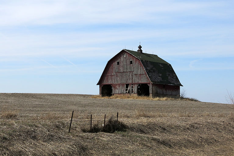 old barn iowa farmer today iowa farmer today