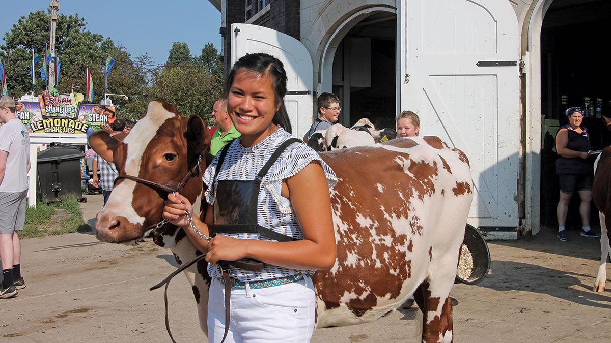 Katie Leichty leaves the show ring