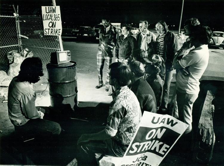John Deere strike 2.jpg