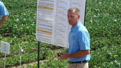 MU Extension weed scientist Kevin Bradley