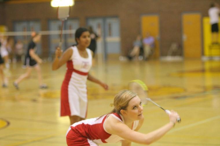 afn.101510.sp.badminton2.jpg