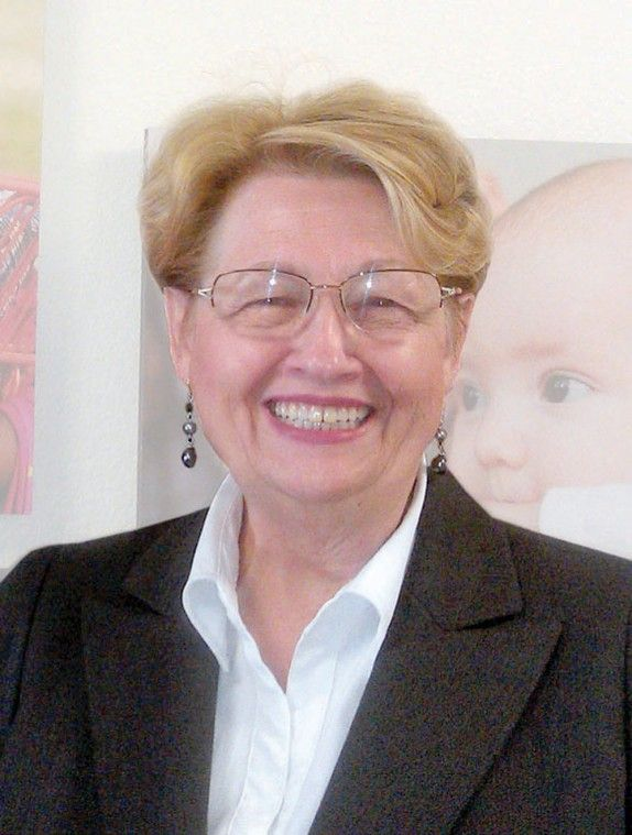 Winnie Hoots