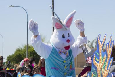 The Ahwatukee Easter Parade Bunny cheered on spectators