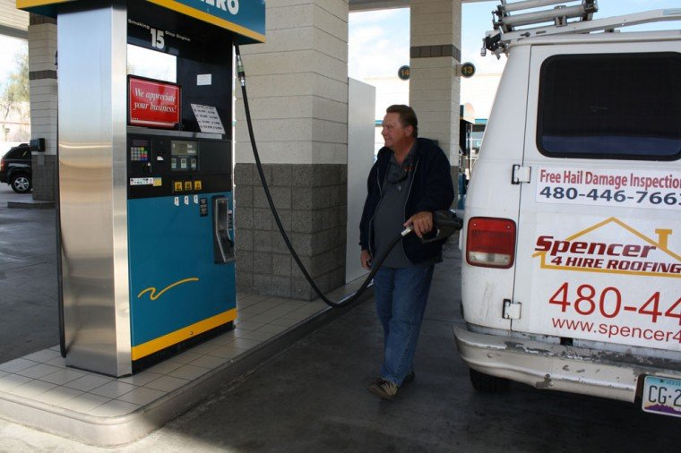 afn.030211.news.gas1.ah.JPG
