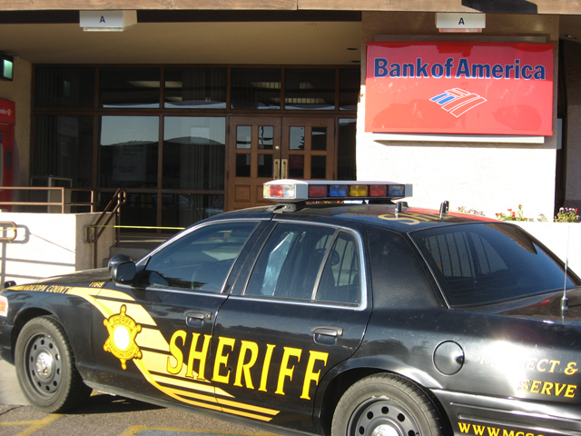 Woman robs Bank of America