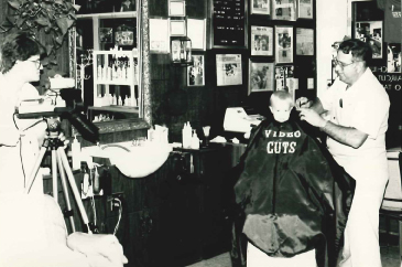 """Barber shop: """"Video Cuts"""""""