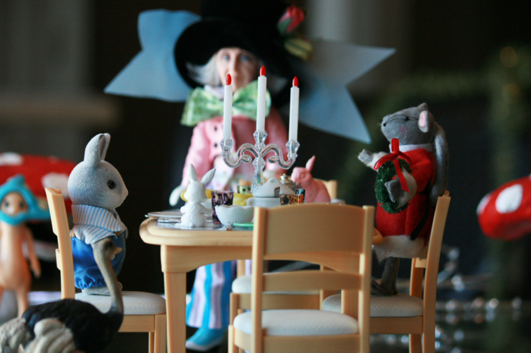 Mad Hatter Tea Party at Arizona Museum for Youth