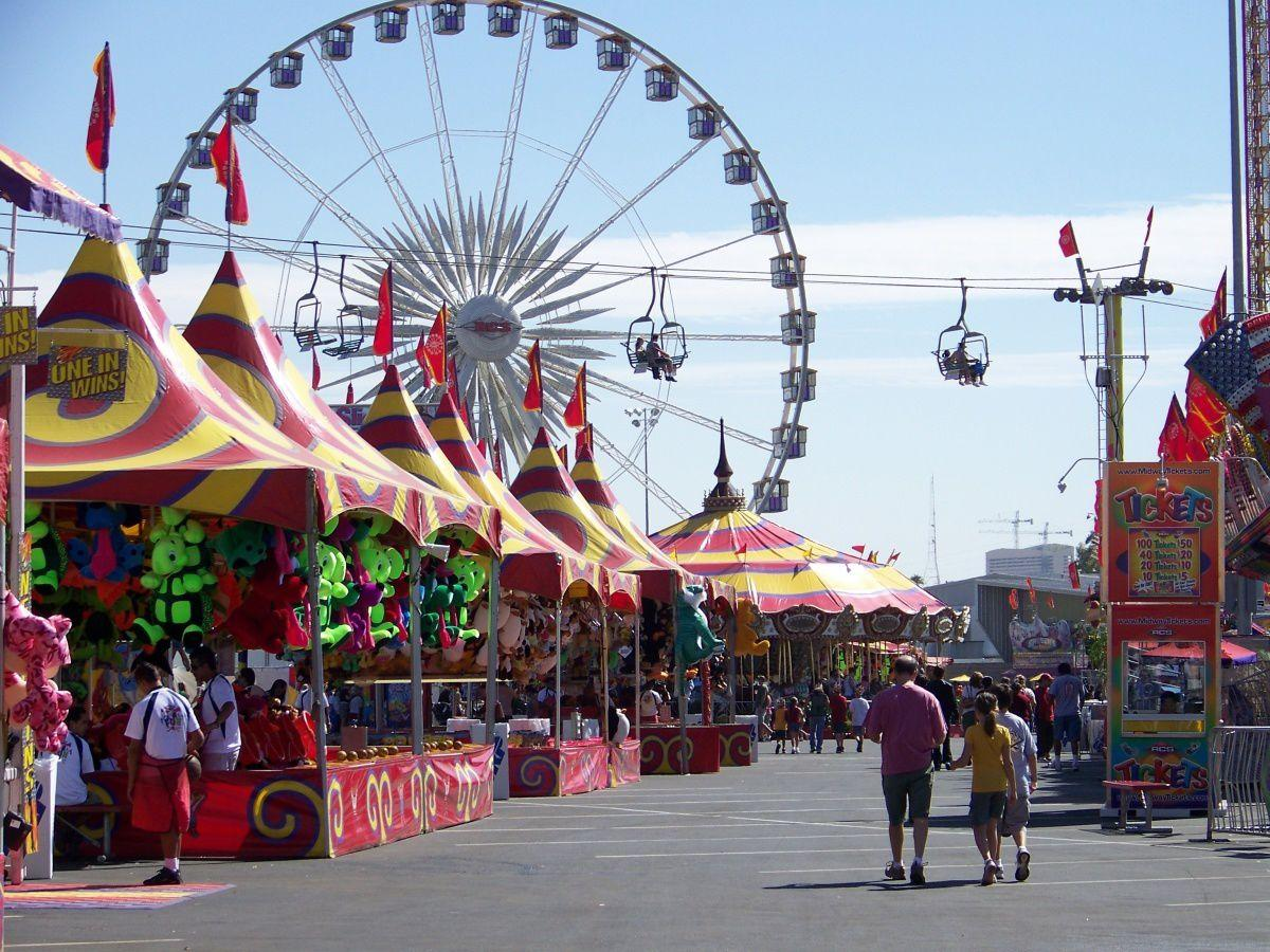 La Grande Wheel, at the Arizona State Fair, is the largest transportable Ferris wheel in the world. It stretches 130 feet high.