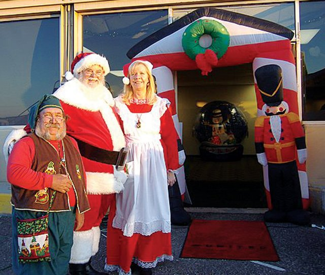 Fantasy Flight takes underprivileged kids to the North Pole