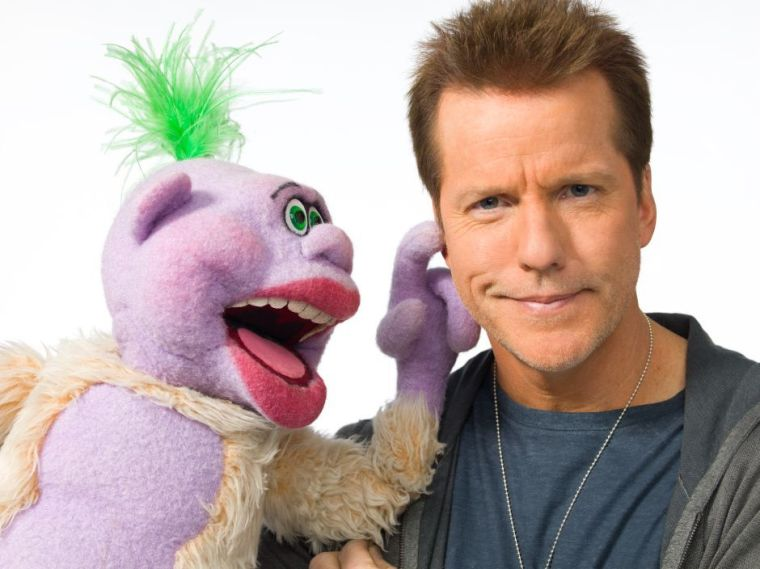Jeff Dunham and puppet Peanut