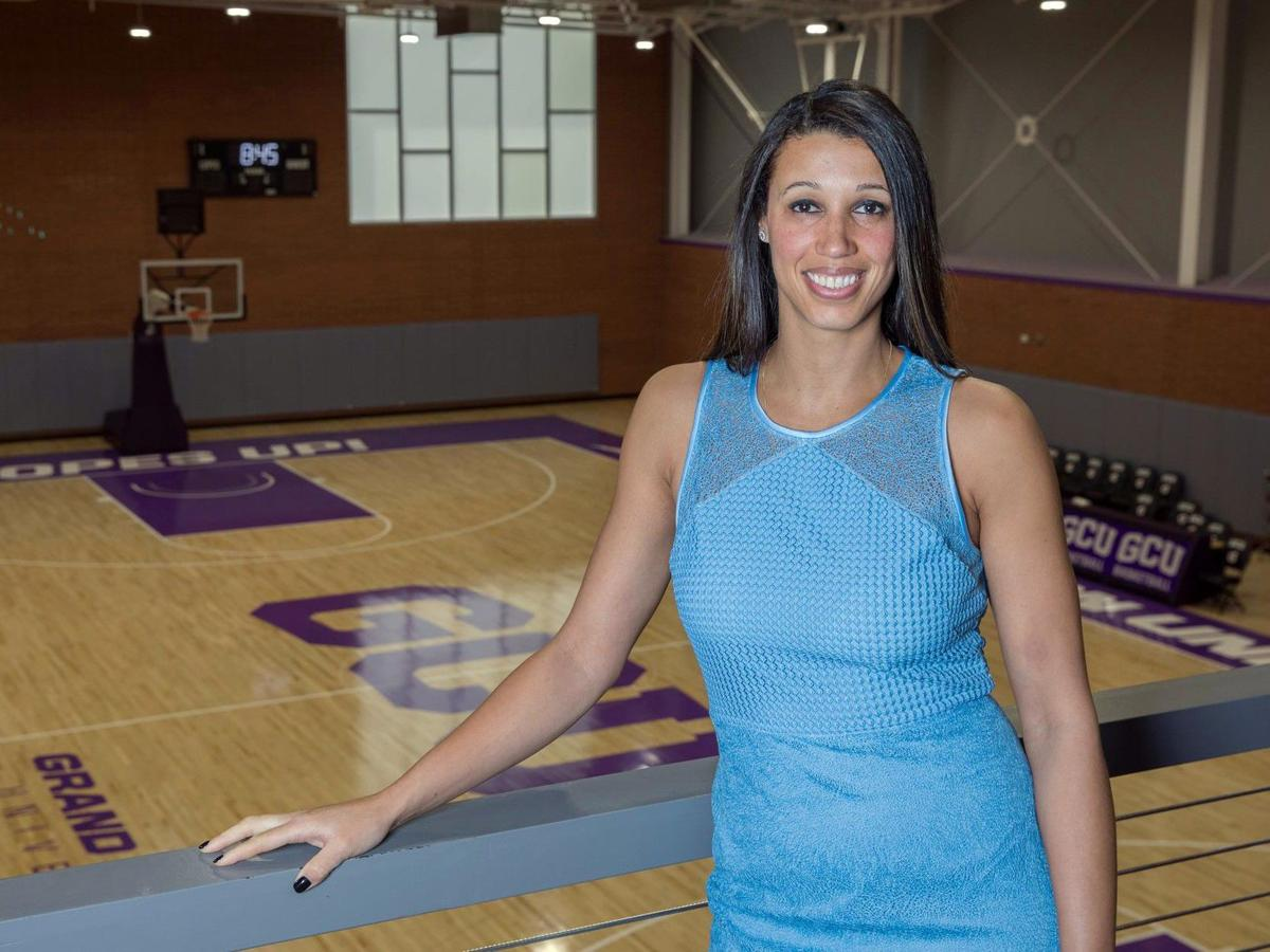 Mountain Pointe alumna Nicole Powell is getting a spot in the National High School Hall of Fame.