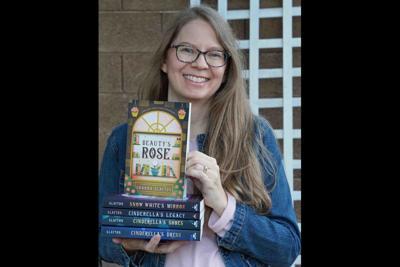 Ahwatukee Author Shonna Slayton