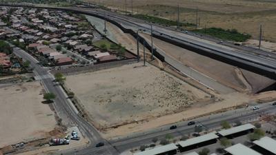 Freeway, ADOT loom large over Quik Trip plan