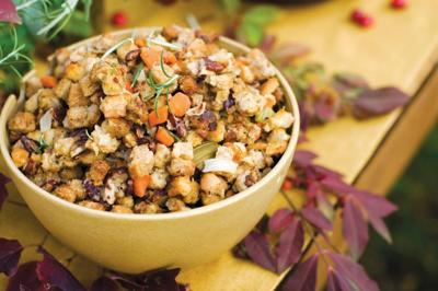 Food-Thanksgiving-Classic-Stuffing