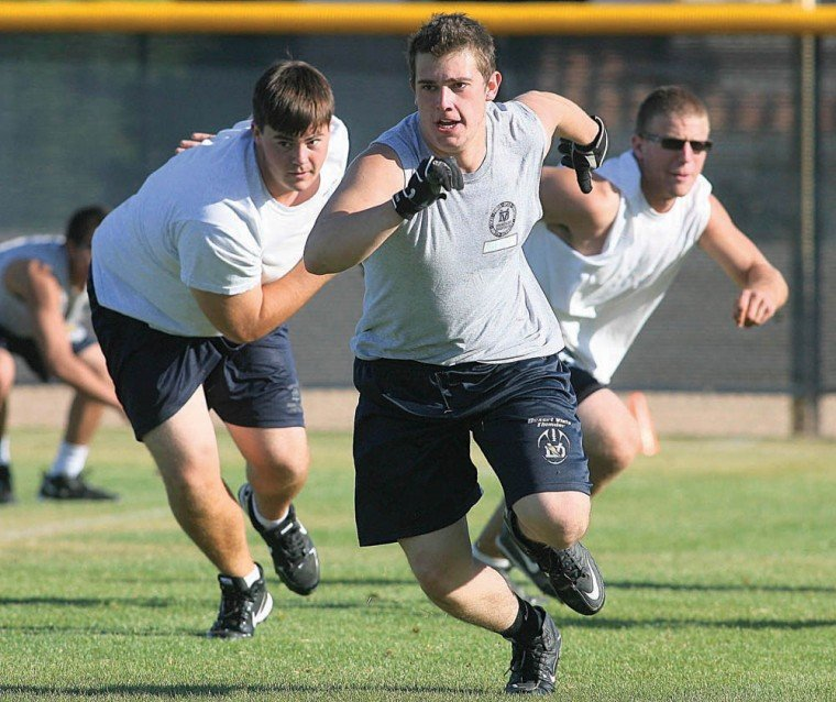 Desert Vista football workout