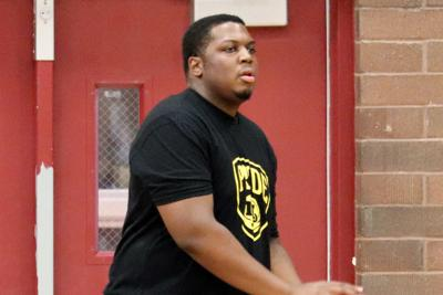 Mountain Pointe basketball coach Kaimarr Price