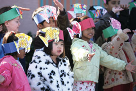 Ahwatukee Foothills Montessori students perform holiday favorites