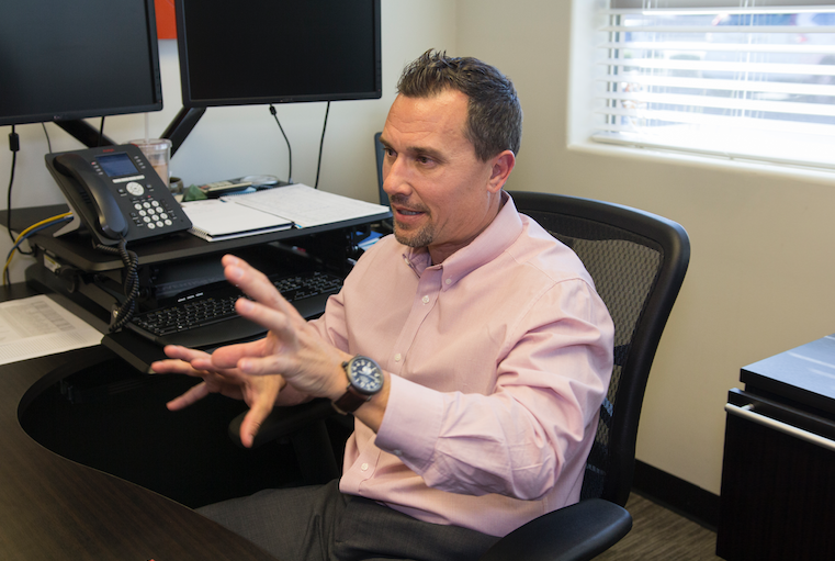 As chairman of the Ahwatukee Foothills Chamber of Commerce board, Ross Murray is now the de facto face of the 24-year-old organization, overseeing its daily operations with oversight of his fellow 14 board members.