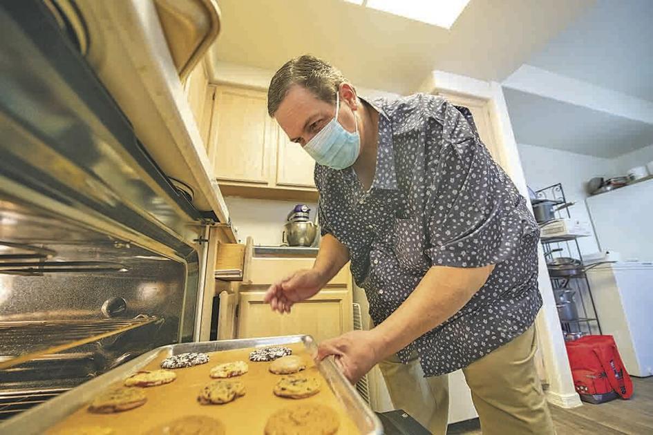 Ahwatukee chef seeks cookie monsters