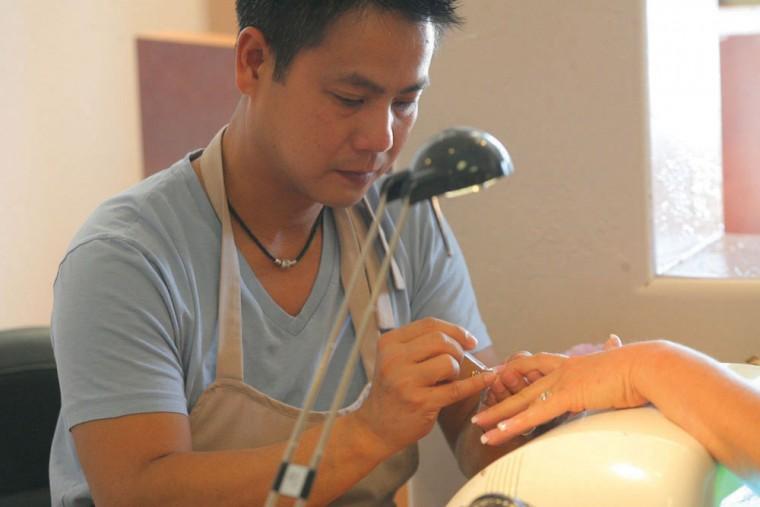 Best nail salon