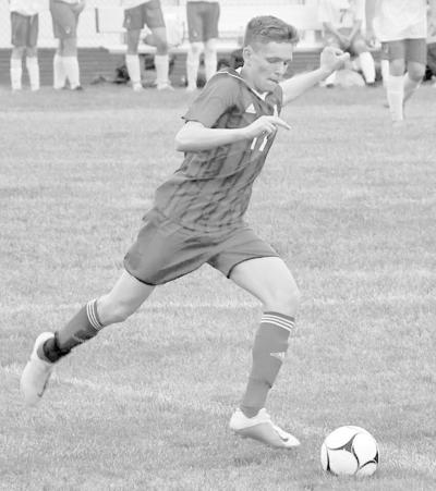 Helm scores twice to lead  Albia in dominating victory