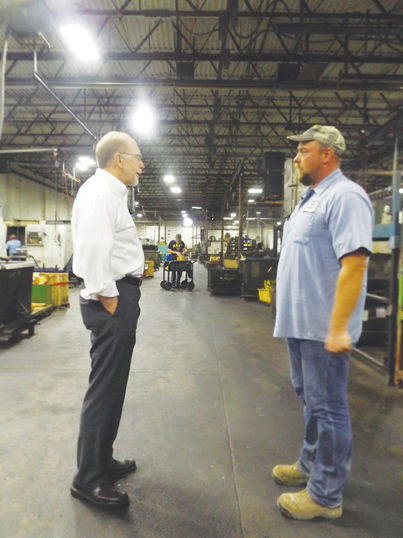 Loebsack visits Superior Machine for a factory tour