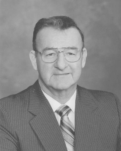 Monte Neal Robnett (1929-2020)