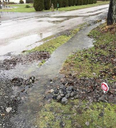Residents seek help for problems with drainage