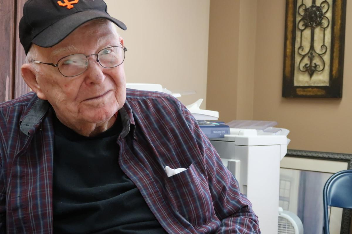 Alvin Perry, WWII POW