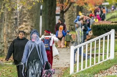 Communities aimto standardize times for trick-or-treating