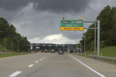 Truckers lose suit over turnpike tolls