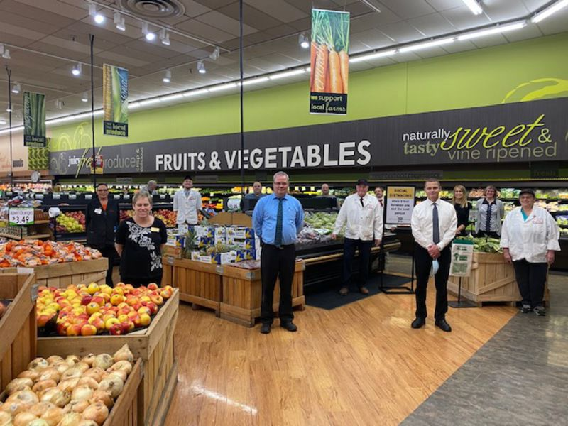 Team effort drives grocery operations