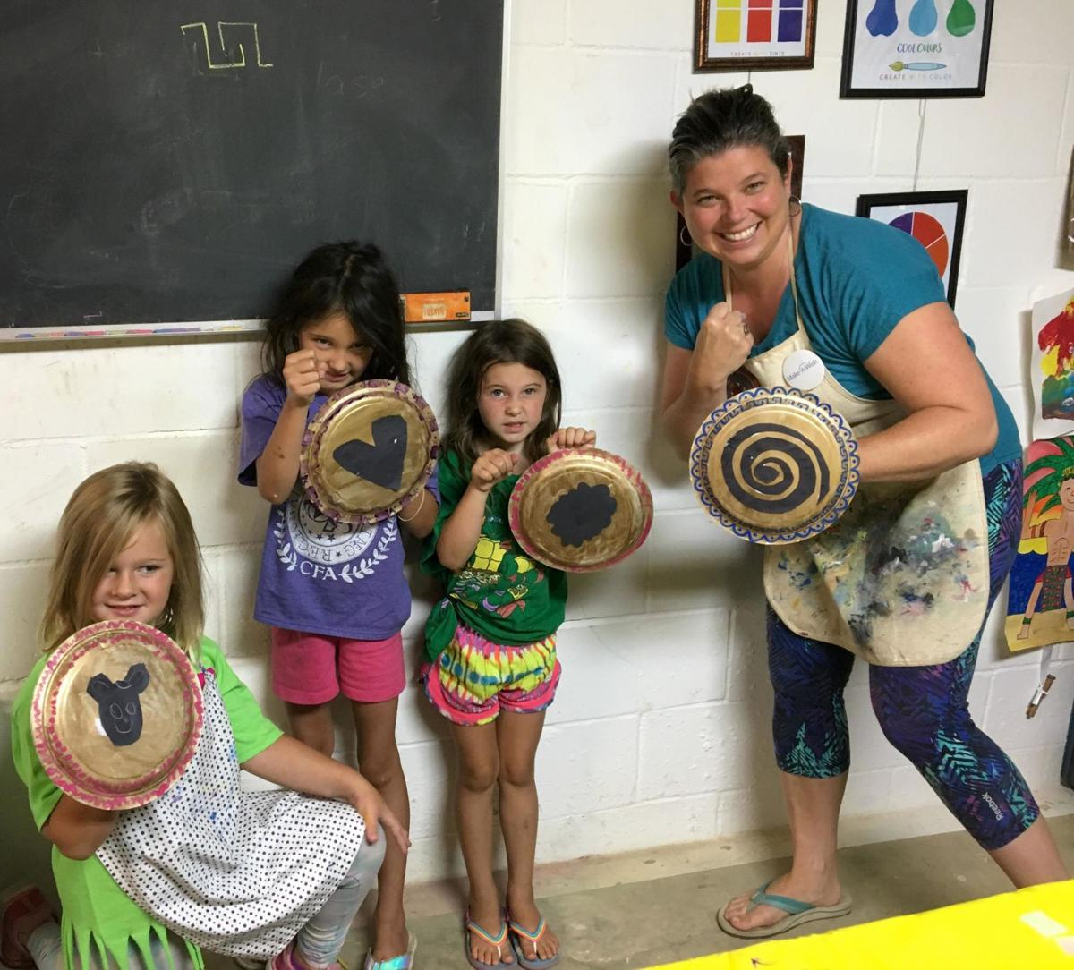 Art group with shields