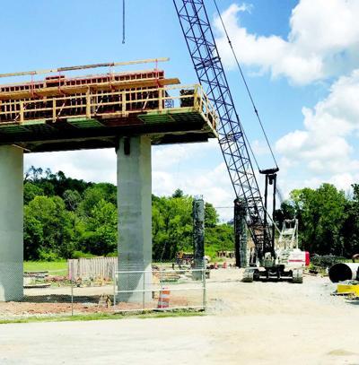 English updates citizens on bridge progress