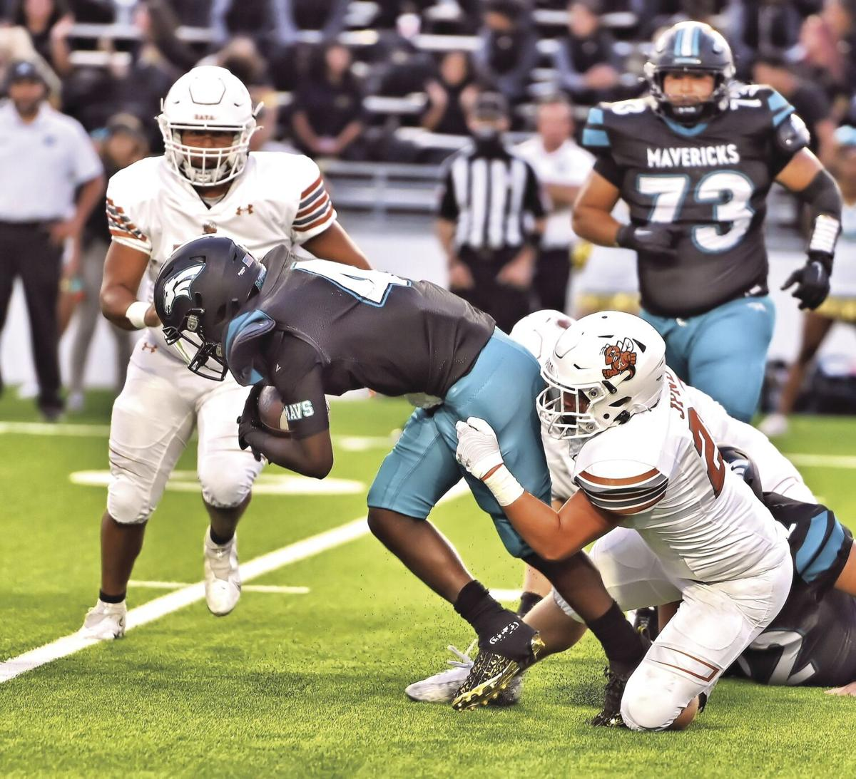 Gage Johnson tackle vs. Memorial