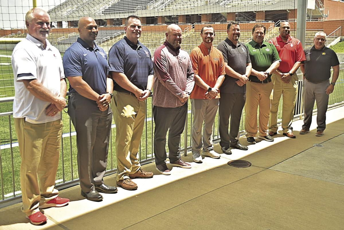 Coaching lineup for pigskin preview