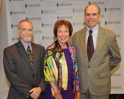 Carol and Larry Neuman honored by Jewish Cemeteries of Greater Cincinnati at Voices of Giving