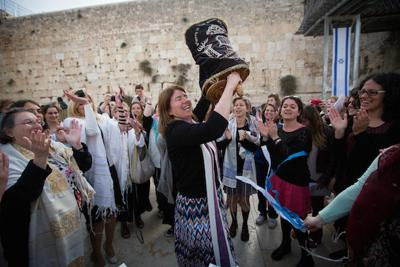 Likud offers deal to nix prayer at Western Wall