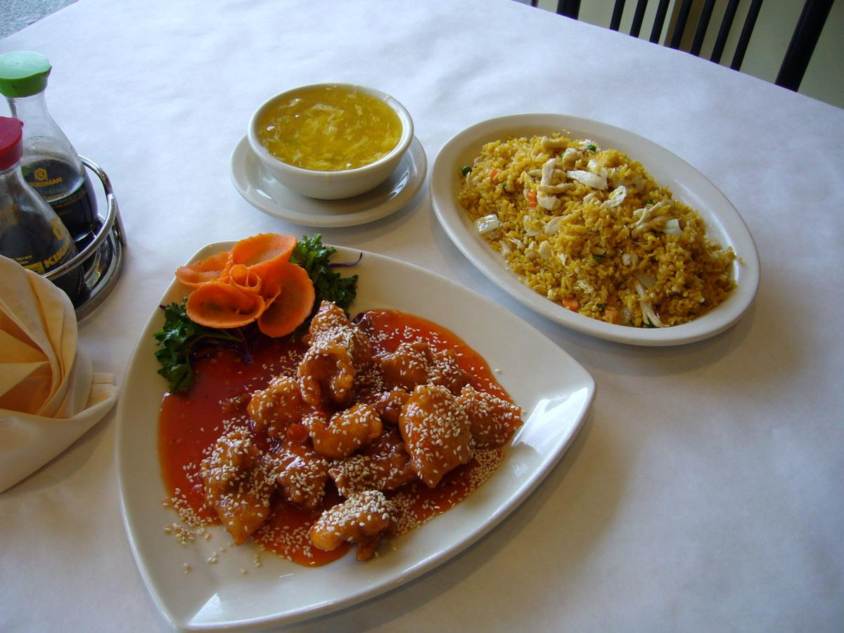 Jewish diners out 2 100319.jpg