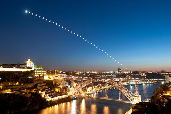 Moonset: Porto-Gaia