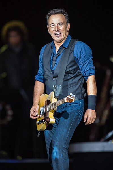 Bruce Springsteen (Wikimedia Commons)
